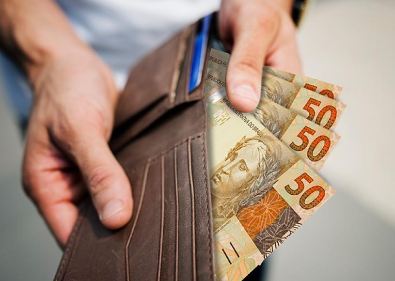 FGTS: Pensionistas e Aposentados do INSS podem realizar o saque integral