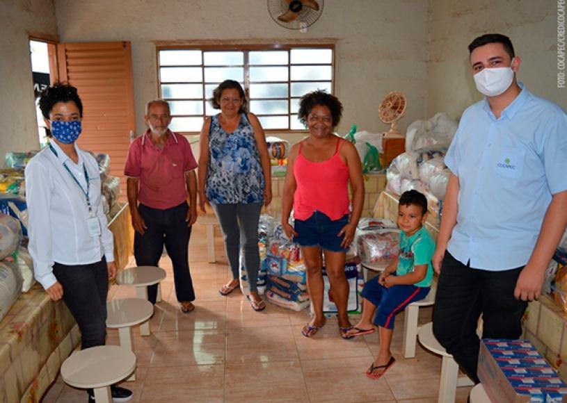 Sicoob promove doações em mais de 460 municípios brasileiros